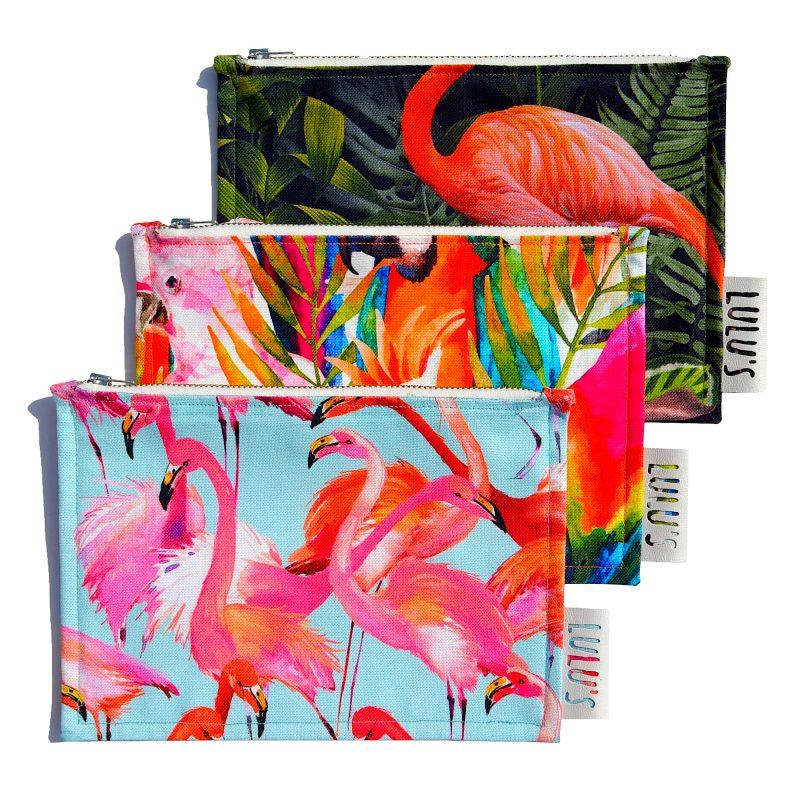 Tas met flamingo print en baby blauwe achtergrond